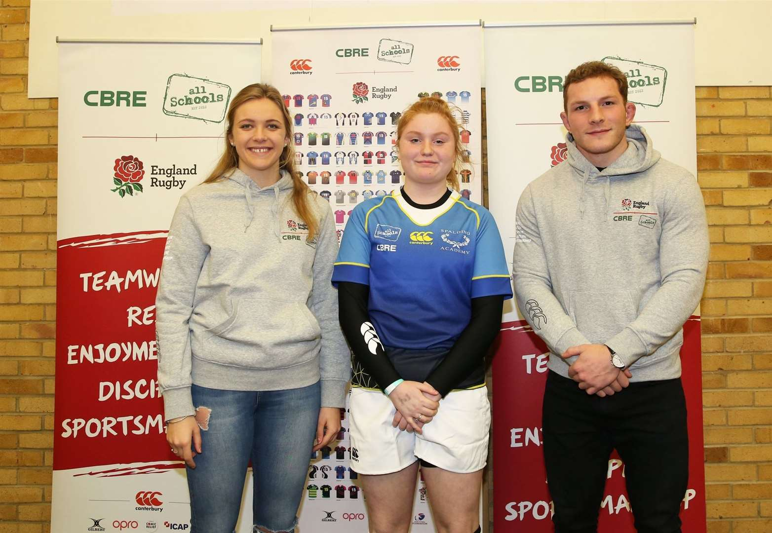 keavy with England internationals Zoe Aldcroft and Sam Underhill. (7689057)