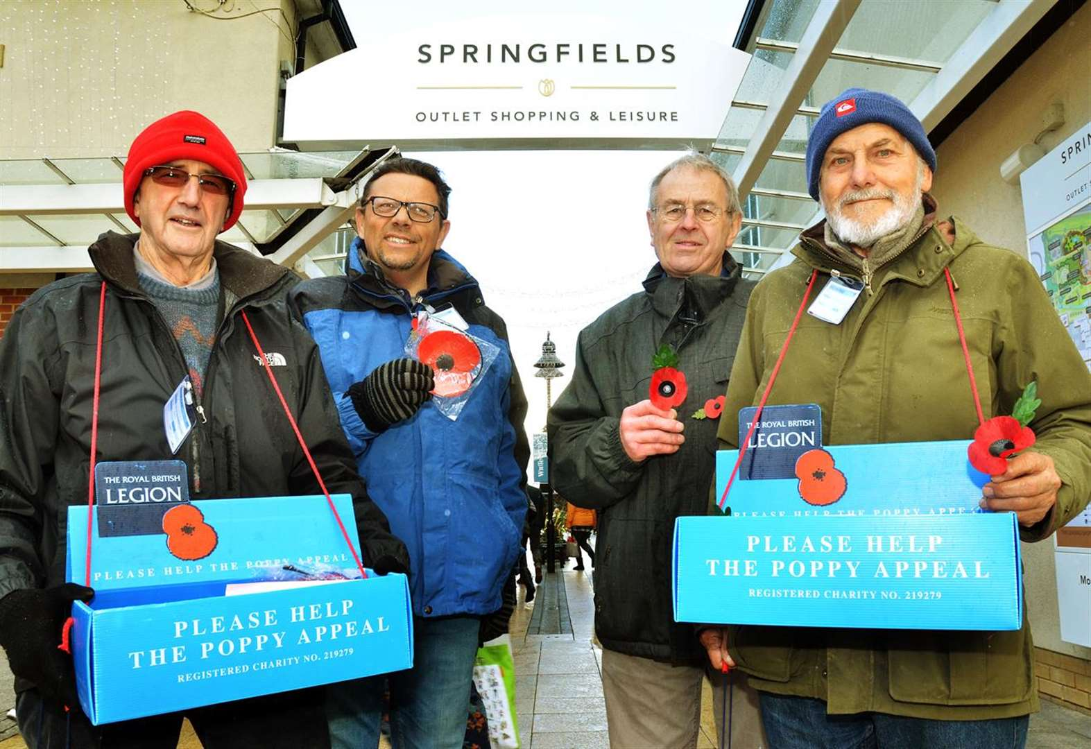 Spalding Remembrance Sunday Parade is saved by Rotary club