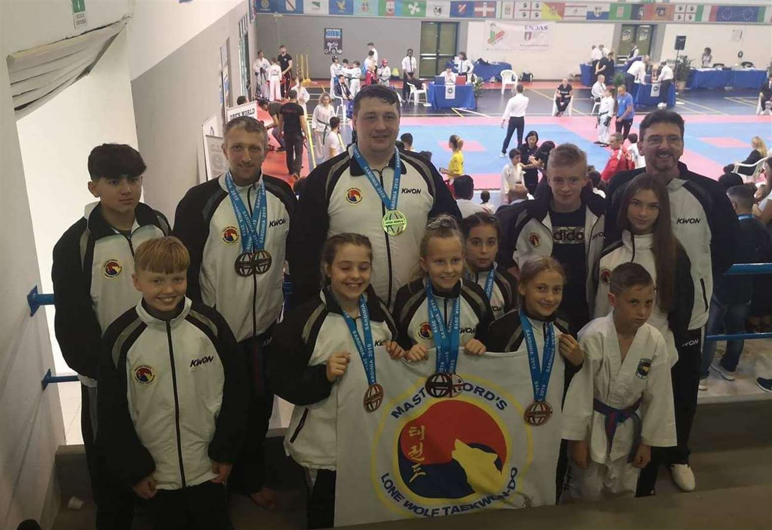 TAEKWONDO: Dedicated dozen do well at taekwondo championships