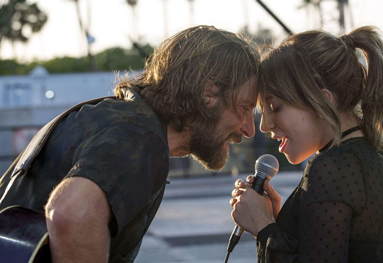 FILM REVIEW: A Star Is Born (15)