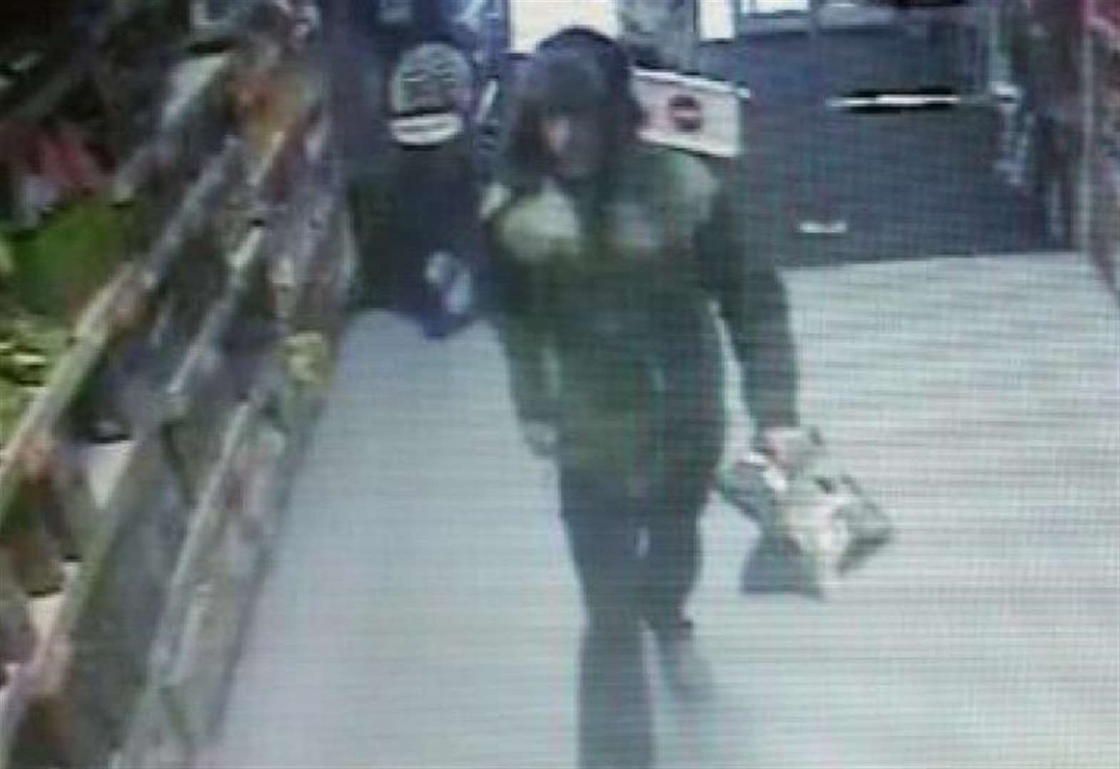 Police issue CCTV image after shoplifting in Spalding