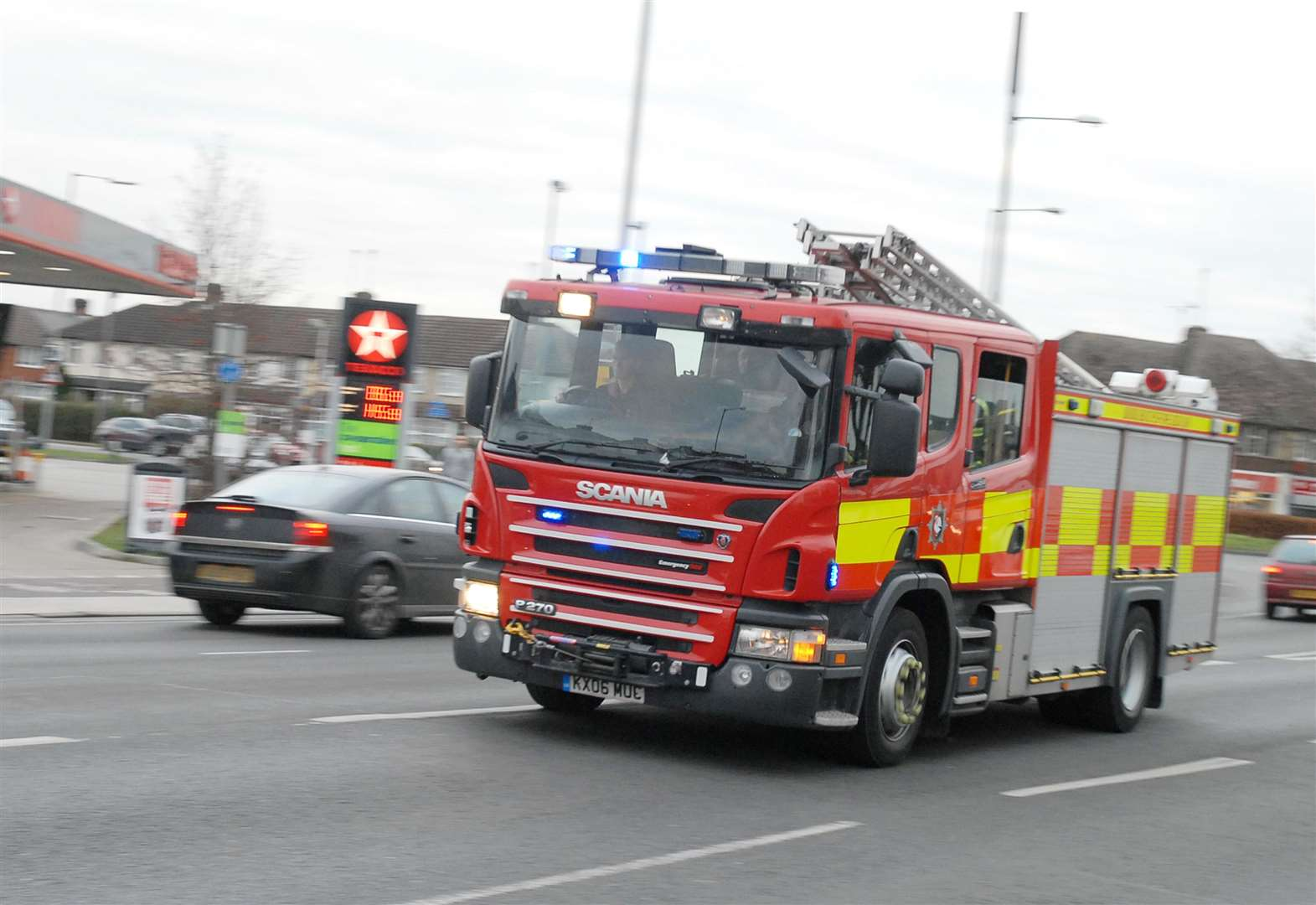 Long Sutton verge fire 'caused by smoking materials'