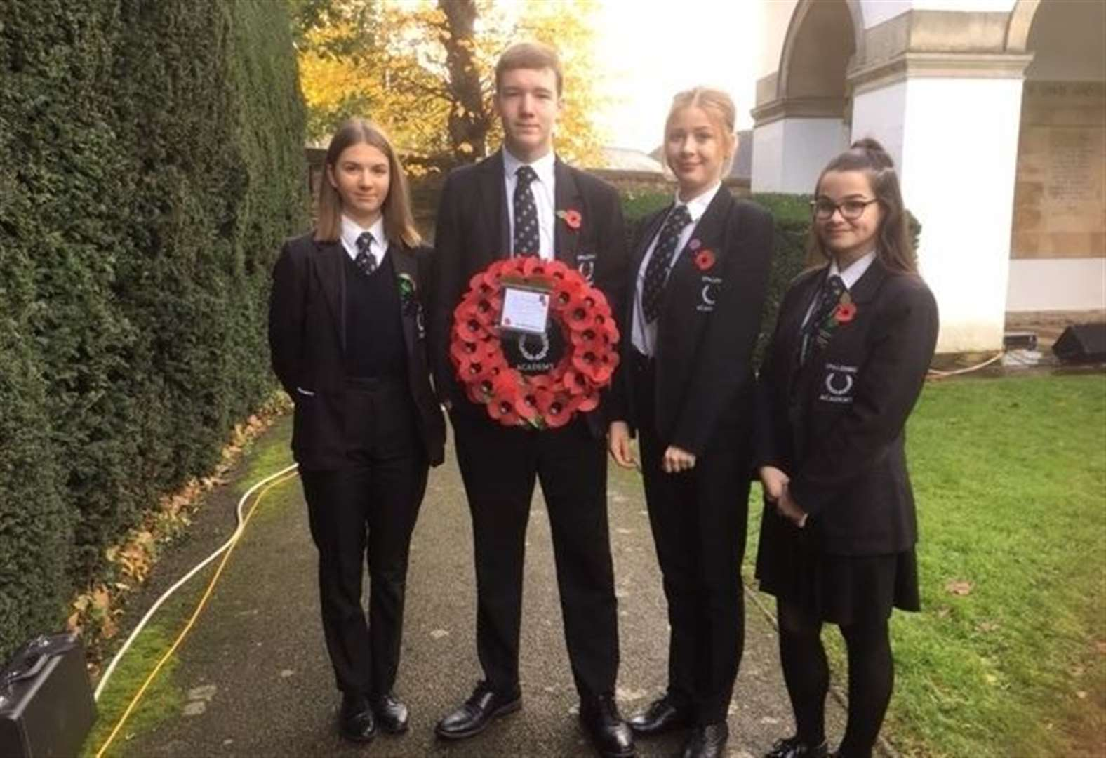 Students lay wreath for Remembrance