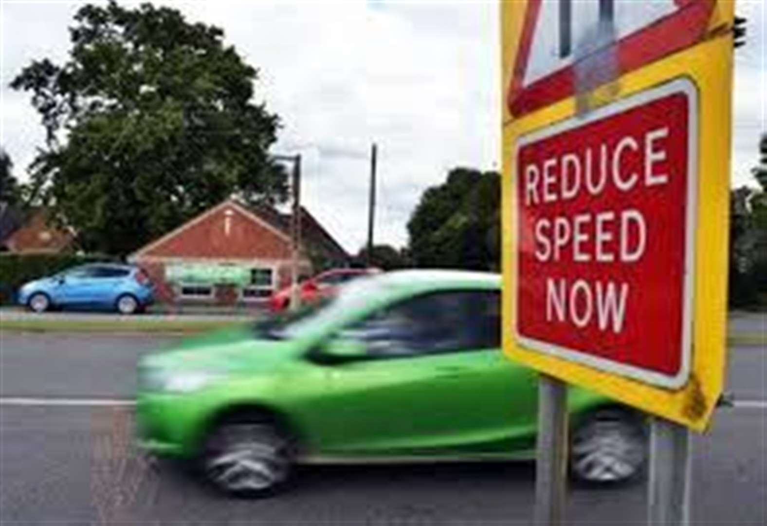 Report A1073 speeders to police, pleads road safety meeting host