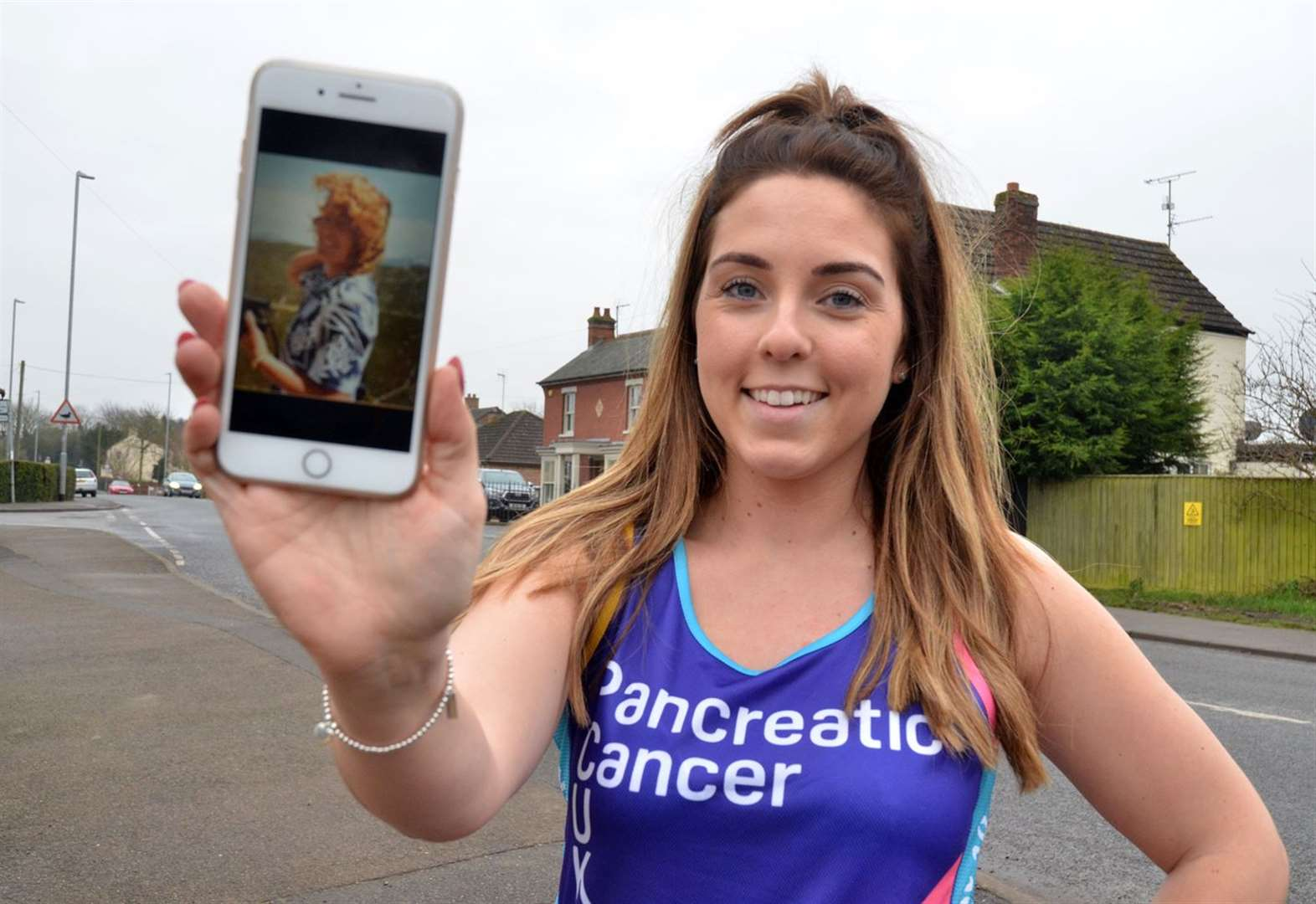 Marathon run in memory of 'my dear nan'