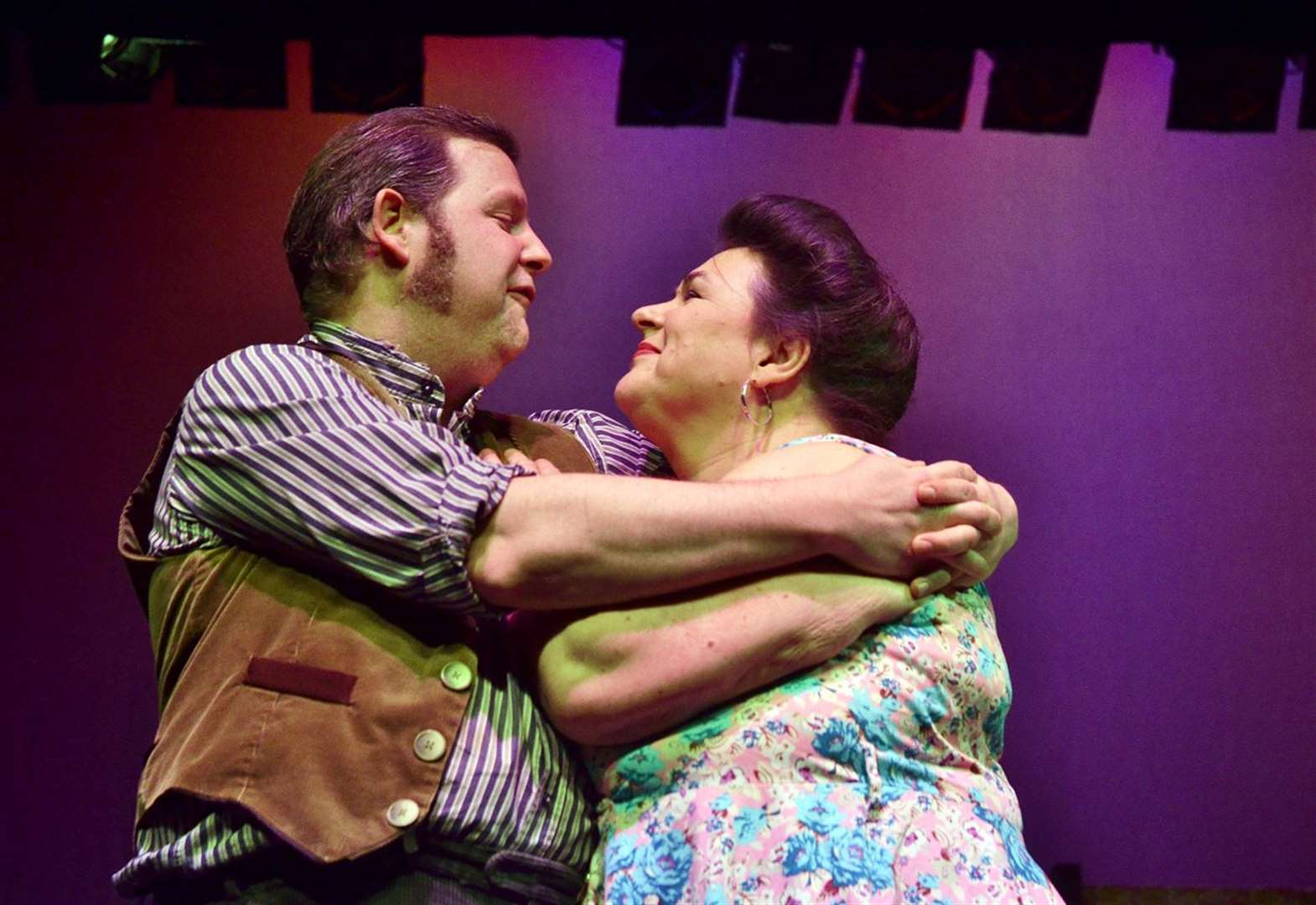 THEATRE REVIEW: Living the ideal life with The Darling Buds of May