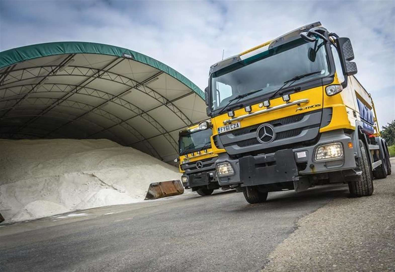 Gritters on alert ahead of freezing conditions
