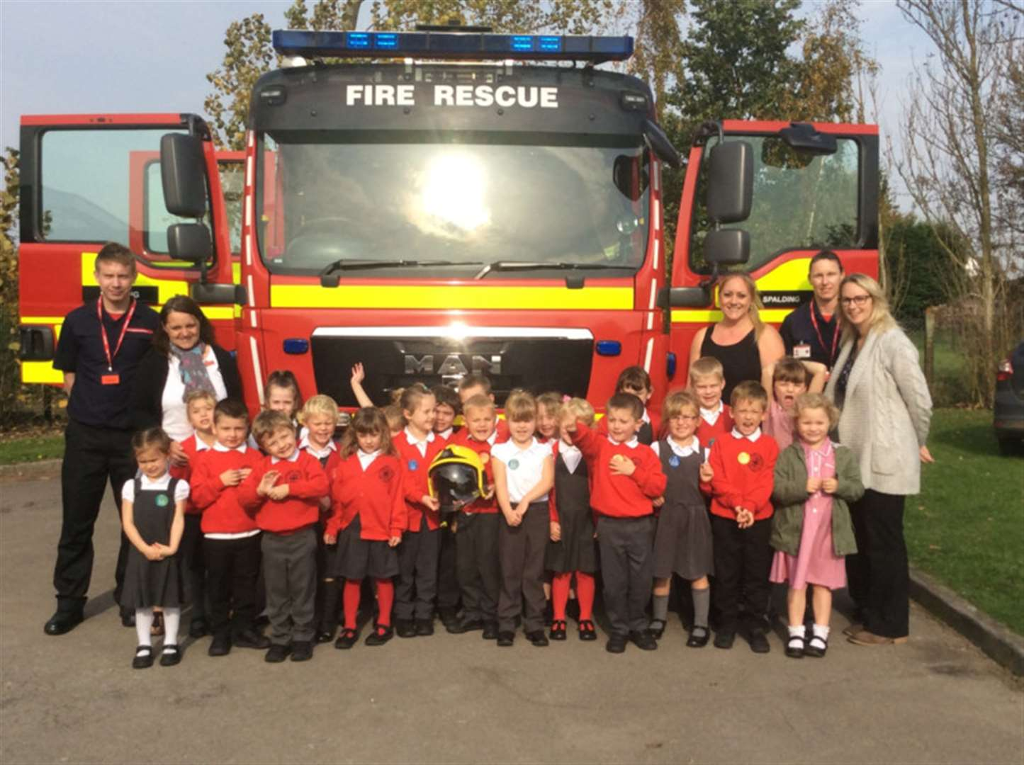 Special visitors for West Pinchbeck school's Safety Week
