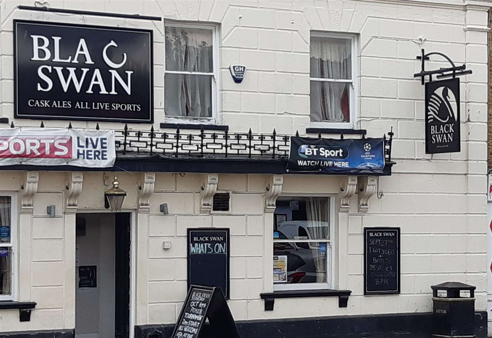 Town pub to face licence review