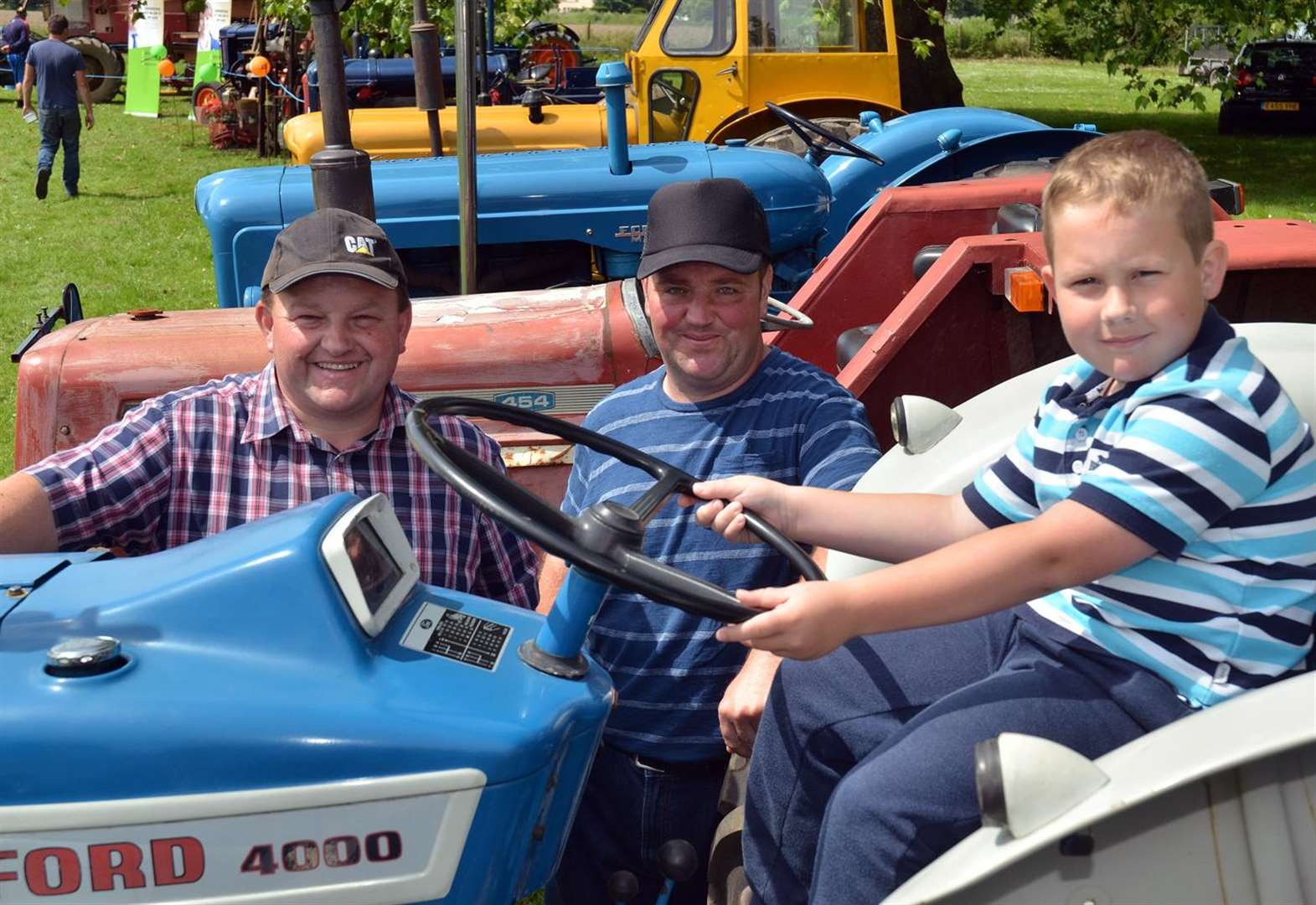 GALLERY: Crowd fills field for Gosberton fair.