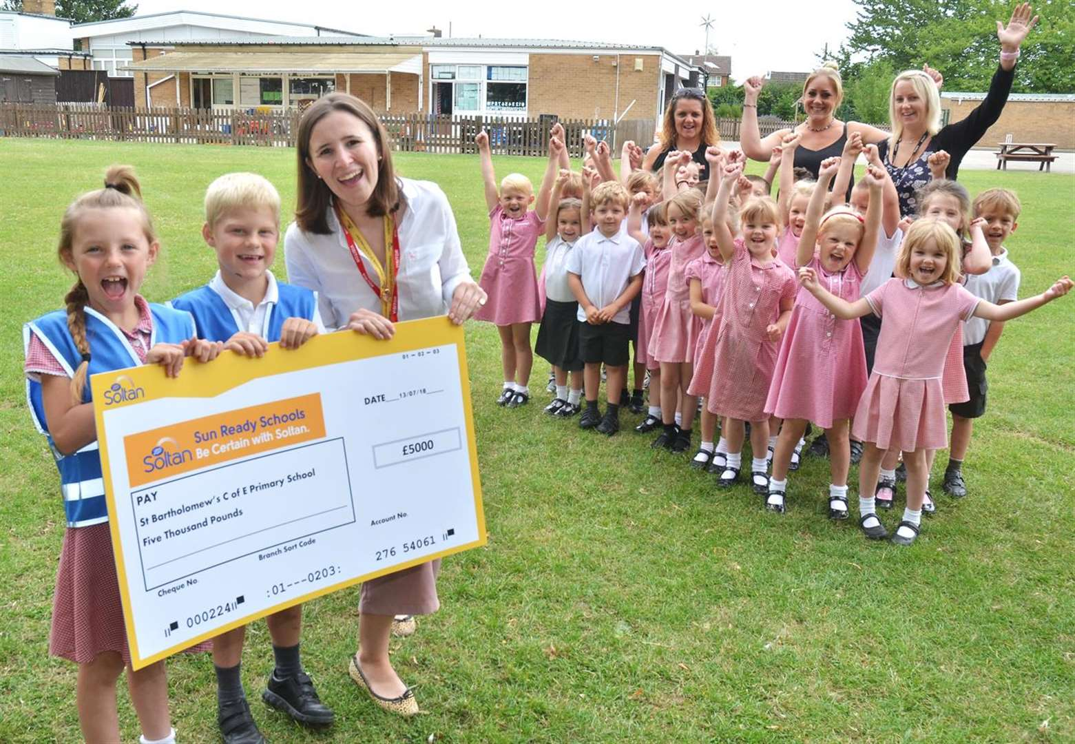 Sunshine at West Pinchbeck school after £5,000 competition win