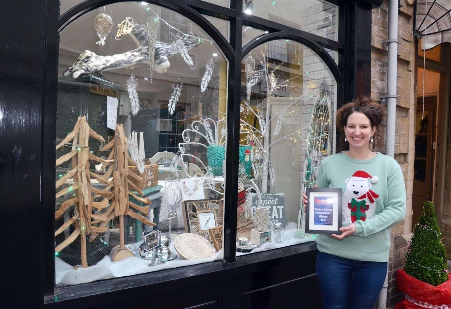 Pearl & Ruby judged to have best-dressed festive window