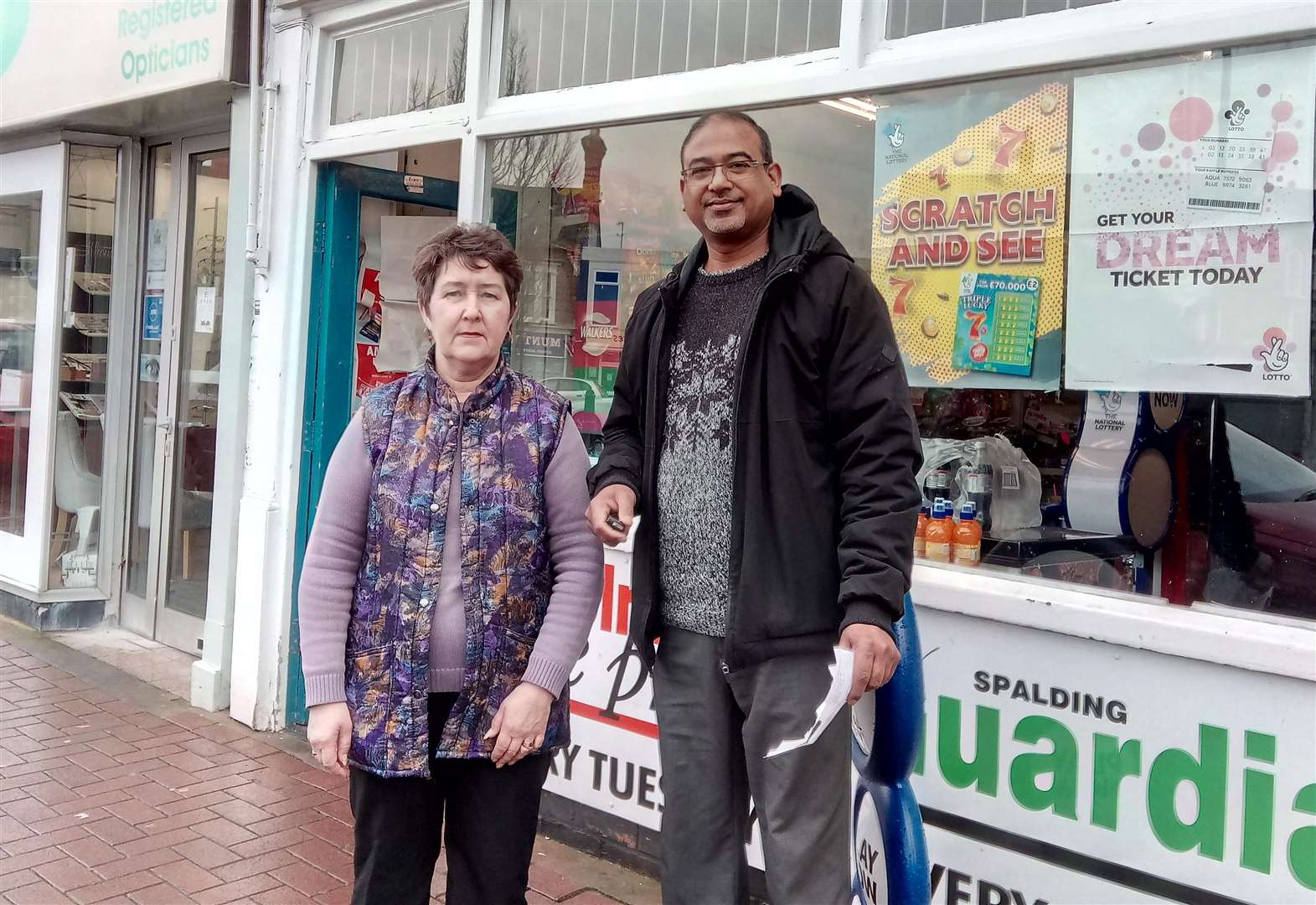 Illegal cigs sales elsewhere force Spalding shop on the market