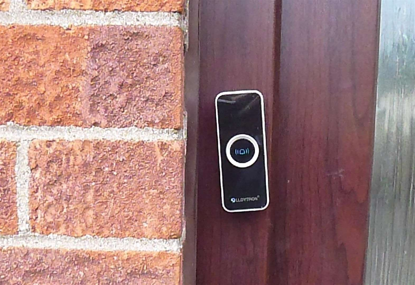 WARD'S WORLD: New year, new you, new doorbell