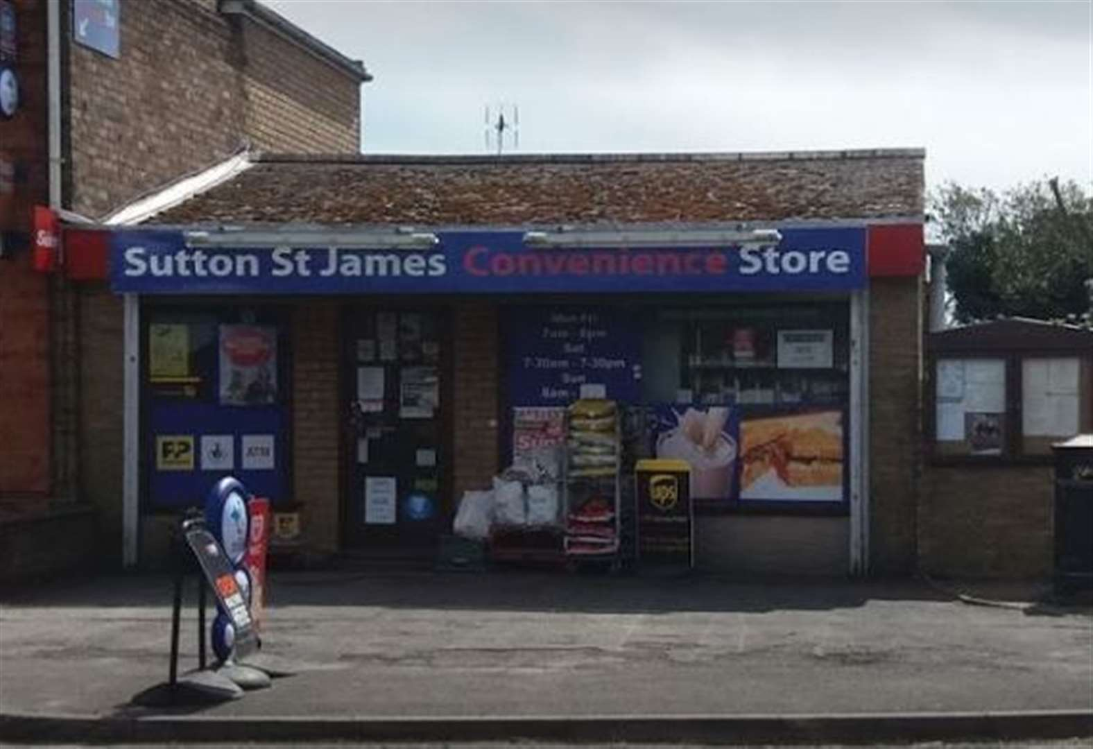 Attempted robbery at village shop