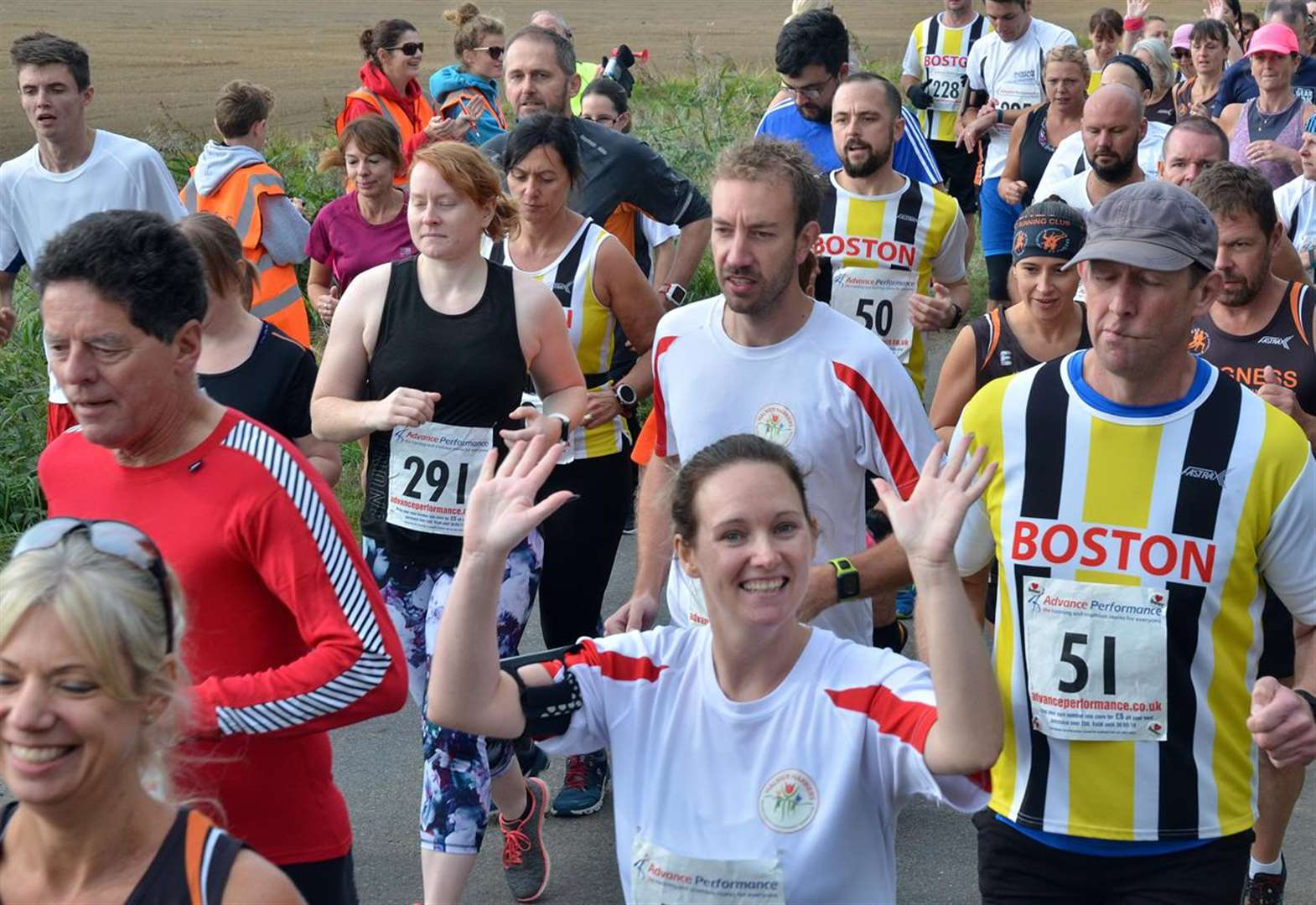PHOTO GALLERY: Simon sets pace for Halmer Harriers