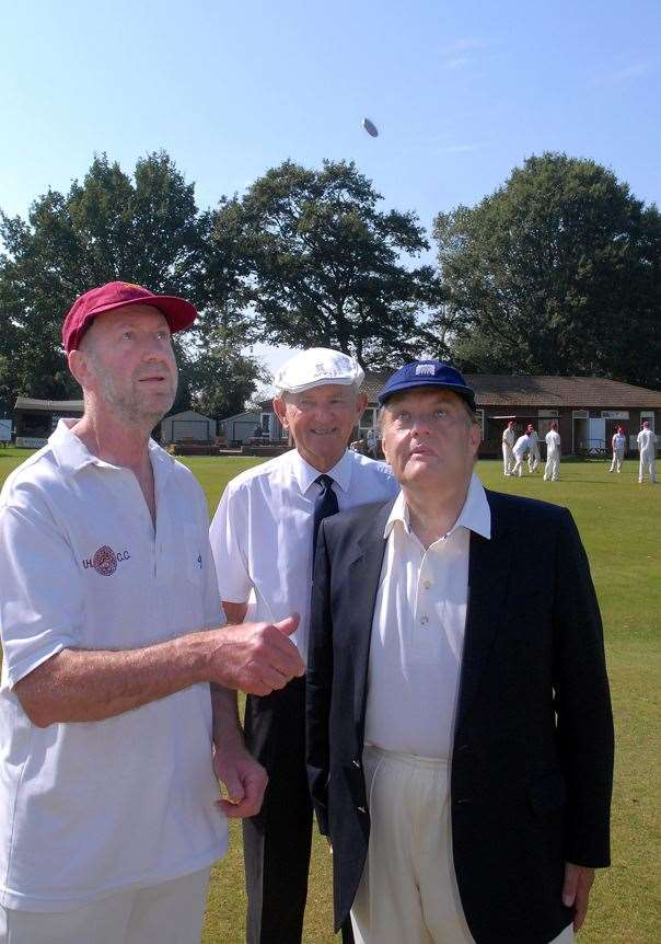 Sir John Hayes annual charity cricket match Moulton Harrox Sports Field. Tossing the coin are Roger Grant, Roger Alderton and John Hayes (15716025)