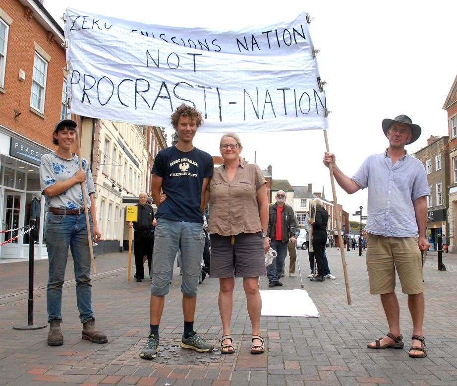 Environmental protestors in Market Place, Spalding - Helen Holmes, Ollie Delas, Kate Ayre and David Price of the Seed Co-operative, Gosberton.Photo by Tim Wilson.SG-200919-033TW (17287432)