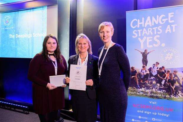 Linda Taylor (centre), NCS co-ordinator for The Deepings School, collected a silver award at the NCS EM1 Champion School Awards Ceremony. Photo by Chris Vaughan.