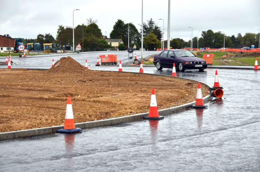 New 'middle' roundabout near Northens Lane on the A151 at Peppermint Junction.