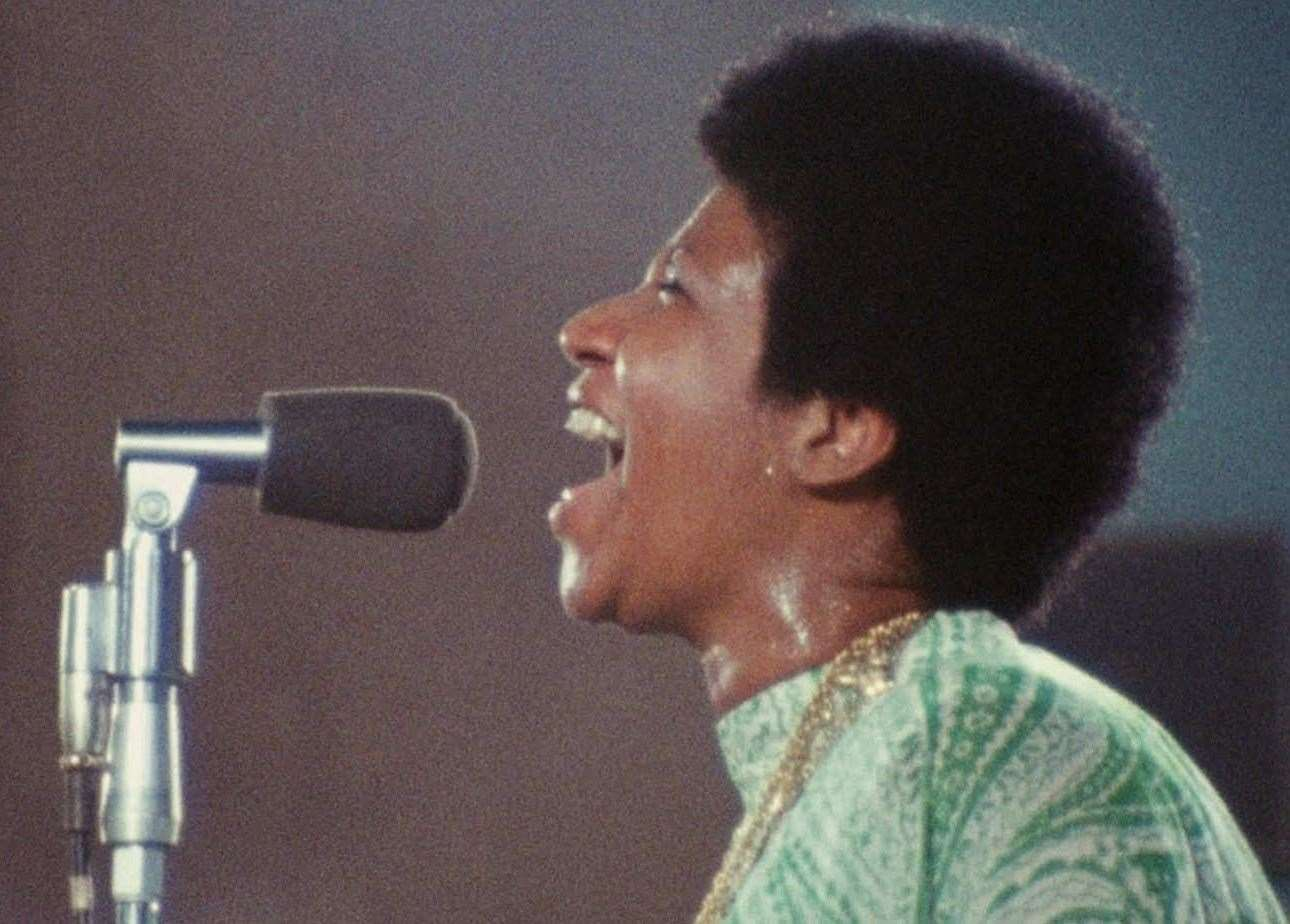 Amazing Grace is a live gospel album by American soul singer Aretha Franklin.(14297505)