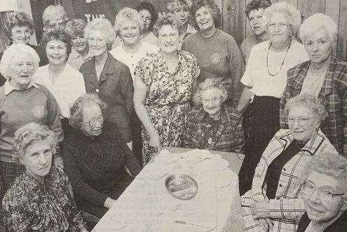 Members of the Inner Wheel Club of The Deepings with guests. (11817232)