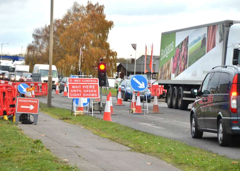 Traffic queues at temporary lights in Wardentree Lane this afternoon. (SG161117-100TW)