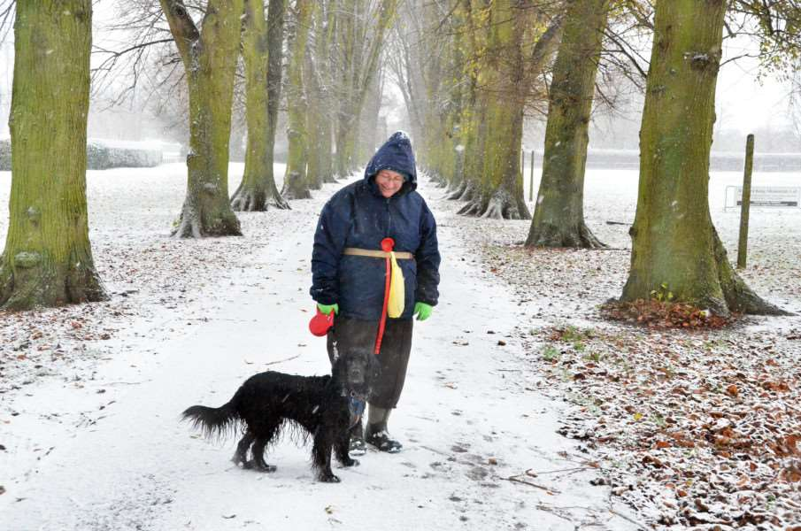 Snow in Long Sutton - Cinder Ash Park Susan Bell from Gedney walks Ben - his first snow