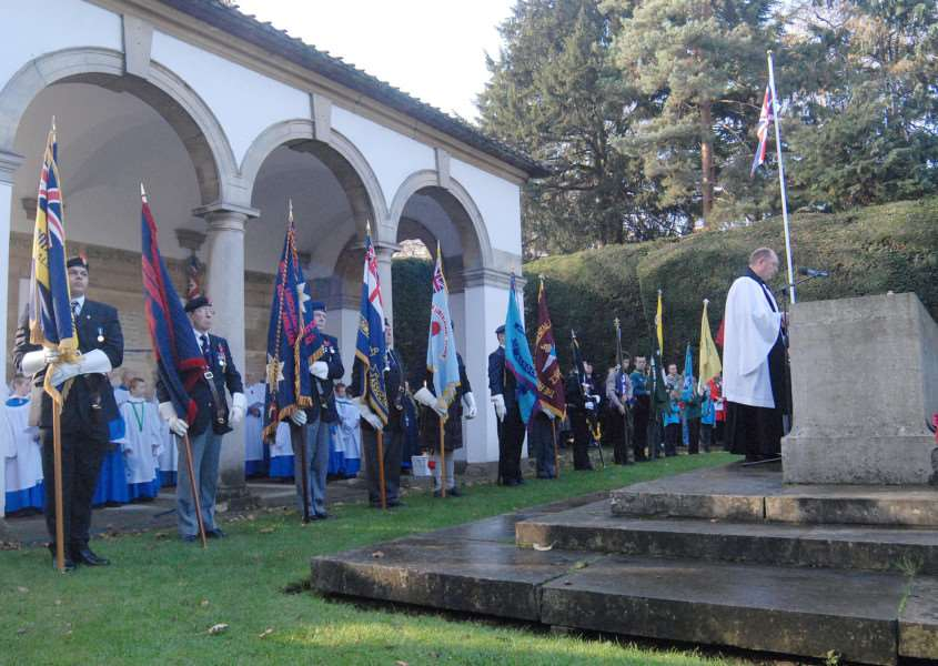Fundraising is continuing for the new Second World War war memorial at Ayscoughfee Gardens.