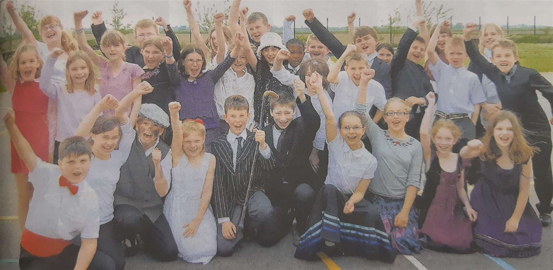 WEston Hills Primary School's cast of Mary Poppins back in 2009 (9951257)