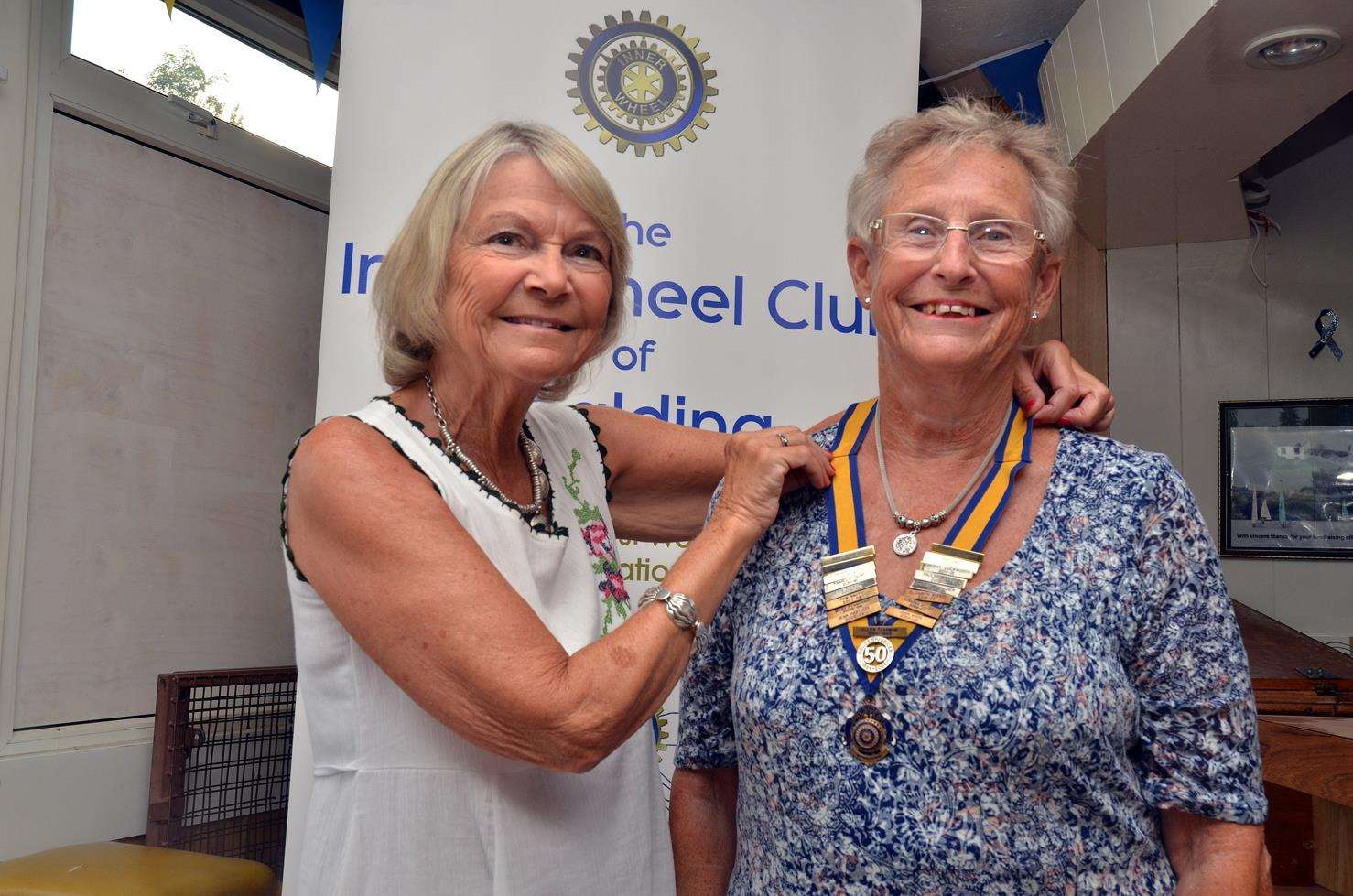 Jenny Symonds hands over the reigns to Carole Cooke (290618-17)