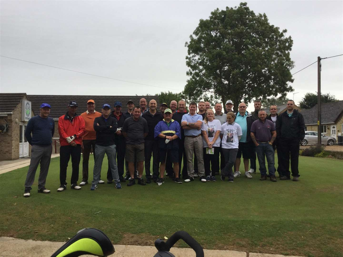 Draymans Arms regulars at their golf day (3528035)