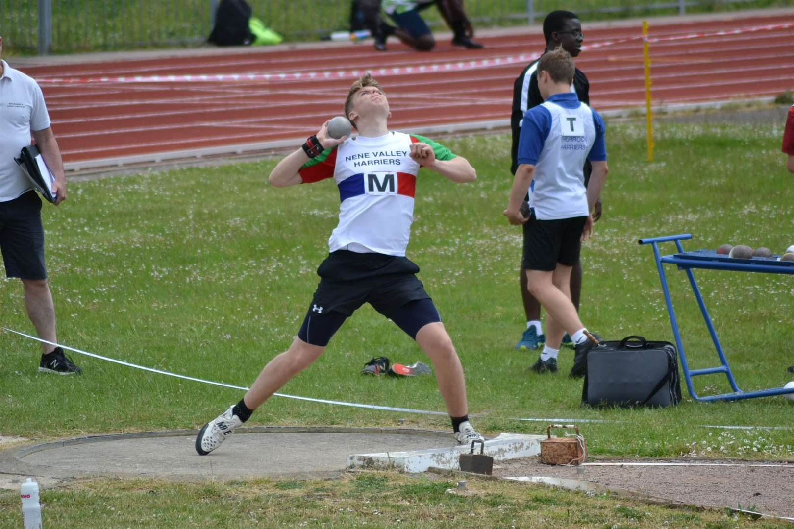 Donovan Capes on his way to shot put glory (11726092)