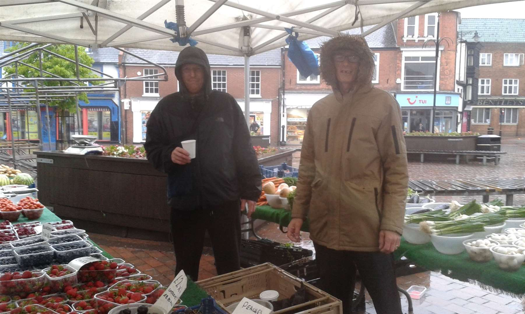 Tom Portas and Paul Pearson of TG Portas at Spalding Market. (12139213)