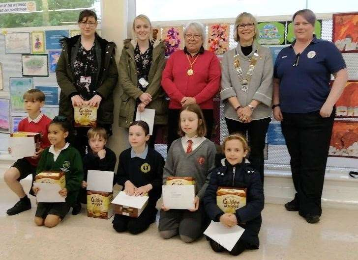 All the prizewinners in this year's Deepings Rotary Schools Art Competition. (10664252)