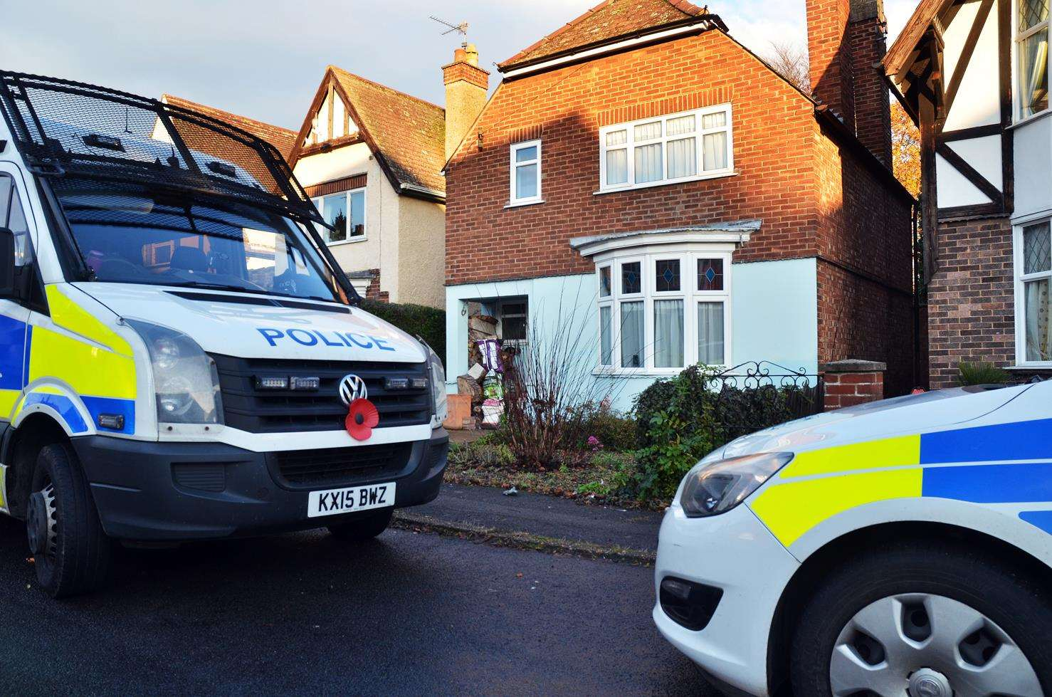 Police vehicles outside a house in Neville Avenue, Spalding, where the body of a 49-year-old man was found on Sunday morning. Photo: SG-261118-014TW. (5619127)