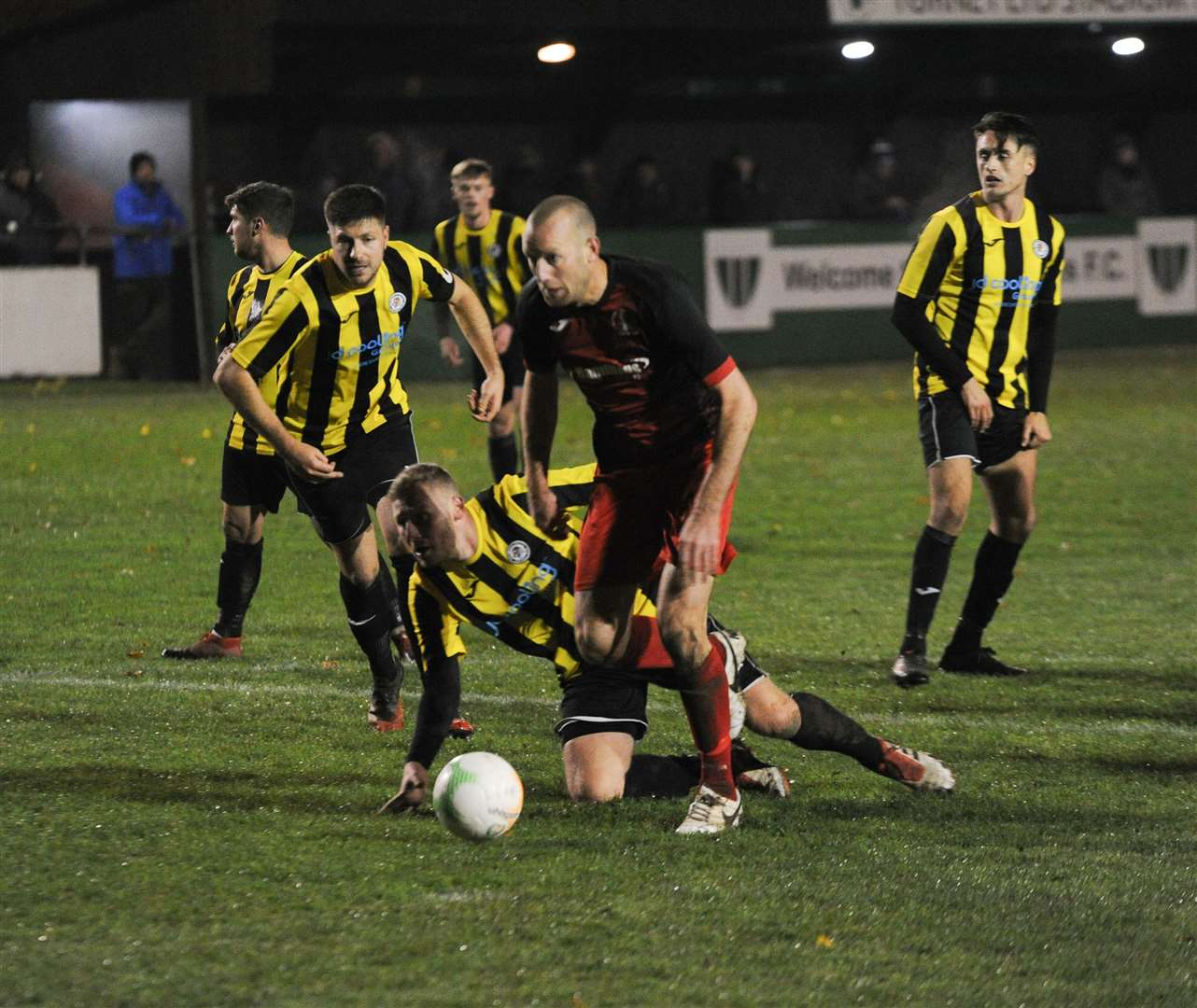 Cup Final action between Holbeach and Rothwell Corinthians (43002768)