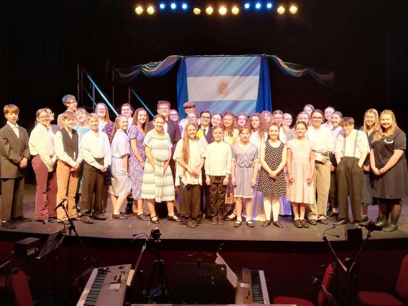 The cast of Evita (17216356)