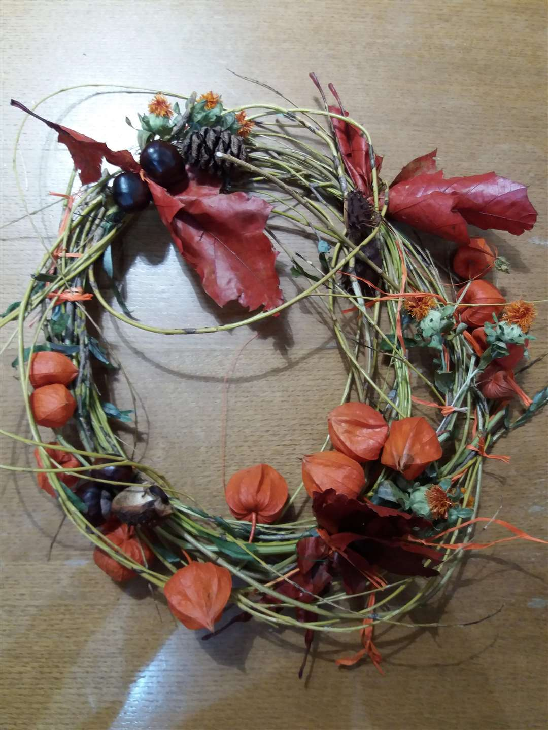 You can be as creative as you like when making your wreath. (4768509)