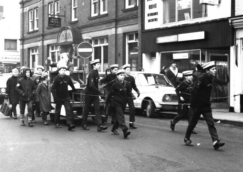 1st Spalding Sea Scouts pulling Father Christmas from the railway station to the court house in 1968.