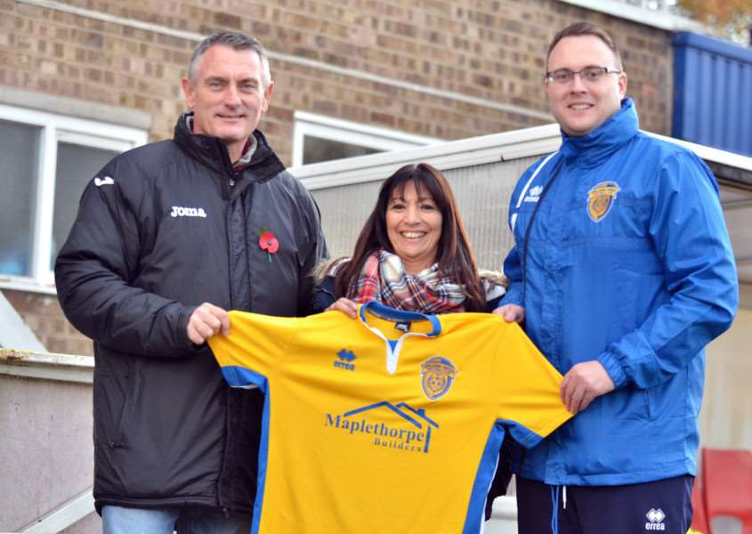Maplethorpe Builders are the under-21s match kit and staff training kit sponsors.