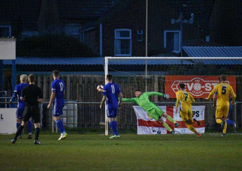 Spalding are denied this time by Dan George