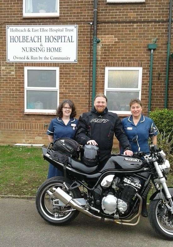 Millie's dad Kev Howard with Holbeach Hospital manager Maxine Winch (left) and deputy manager Lesley Kendall before his ride from John O'Groats to Lands End. Photo supplied. (7586951)