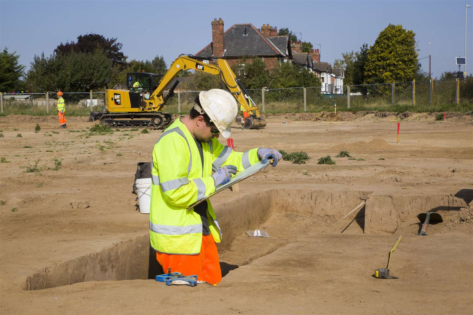 Archaeologists at work on the site off Spalding Road as part of the Spalding Western Relief Road (42440440)