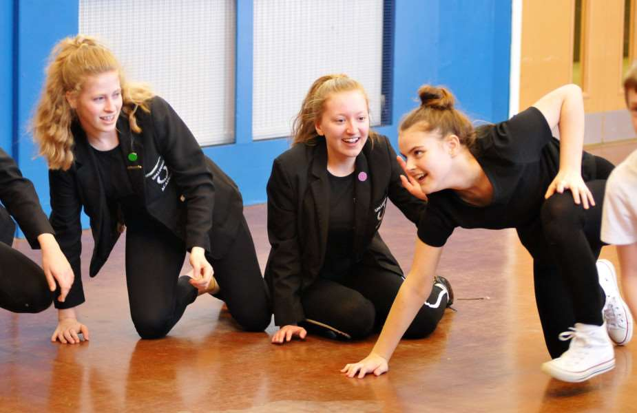 Blackeyed Theatre do a practical workshop with Year 9 Spalding Academy students