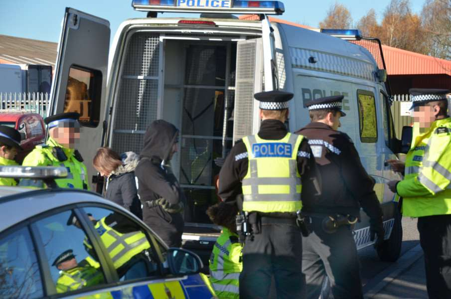 Police making arrests at the demonstration today. SG281117-105TW