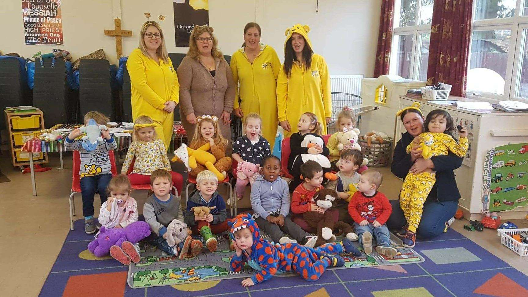 Pinchbeck Penguins youngsters and staff dressed up for Children In Need (5476018)