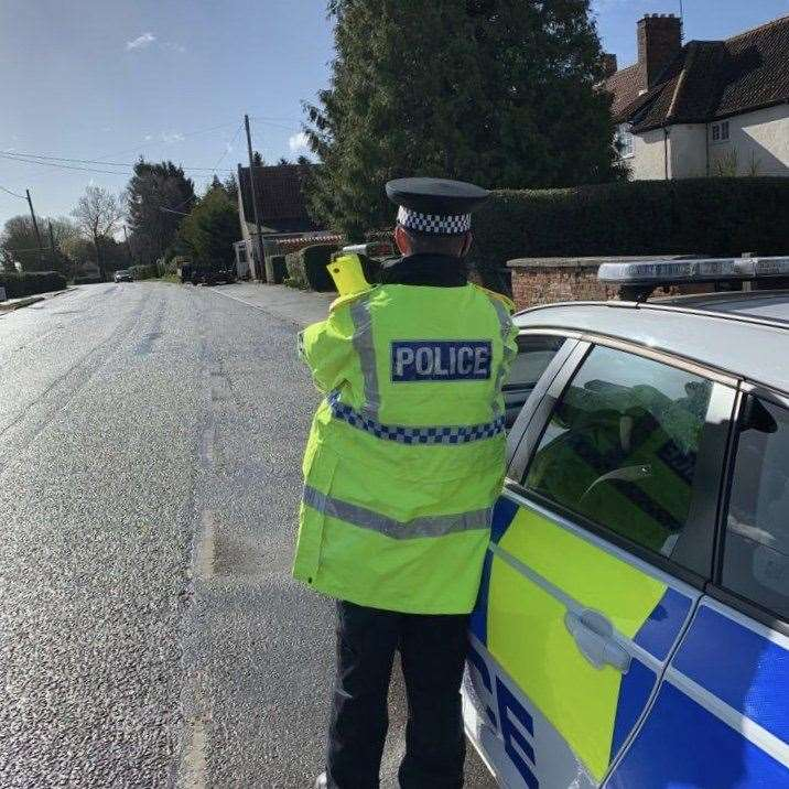 POlice operation in Bourne (7663397)
