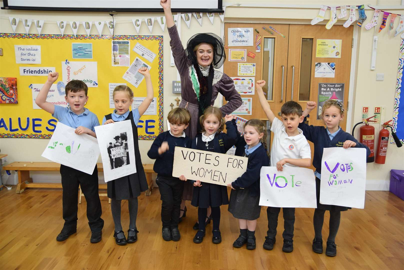Tydd St Mary Primary School held a Suffragette workshop as part of Parliament Week to commemorate 100 years since women were given the vote. (5774651)