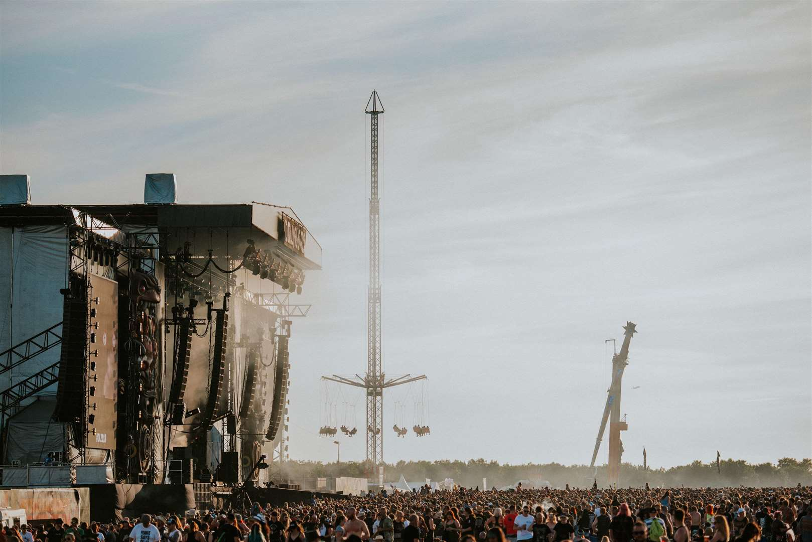 Download 2018 (6928594)